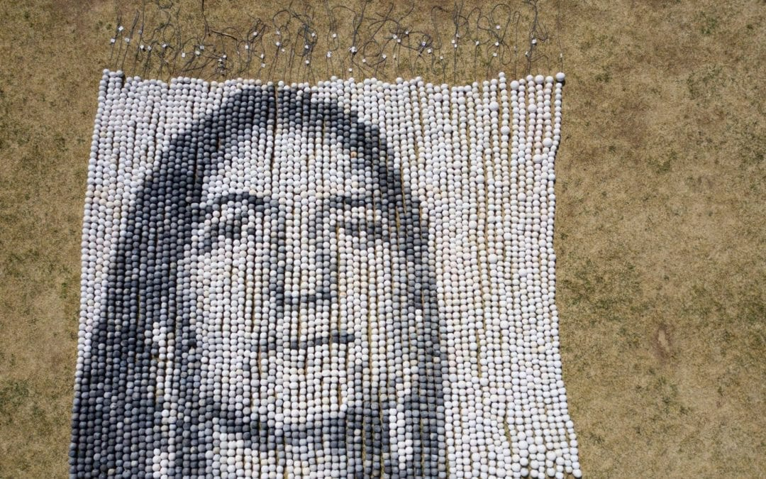 Composed of over 4000 individual handmade clay beads created by hundreds of communities across the so called U.S. and Canada, 'Every One' re-humanizes the data of missing and murdered Indigenous women, girls, queer and trans community members.