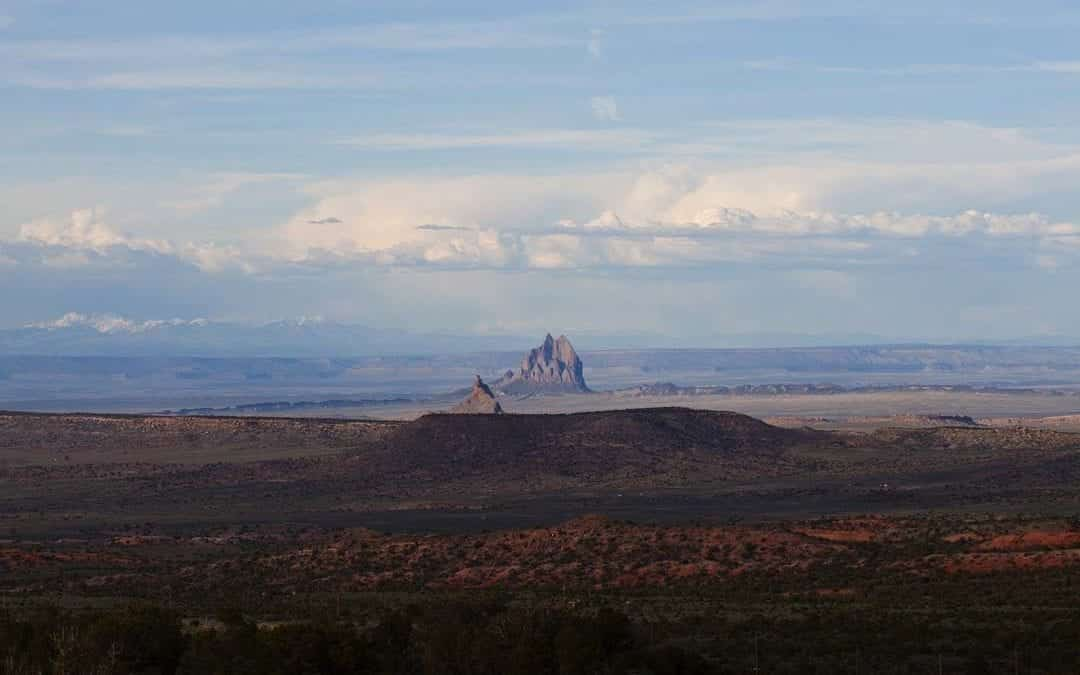 APS Foundation Provides STEM Education to Navajo Scholars  through $100,000 Grant to American Indian College Fund